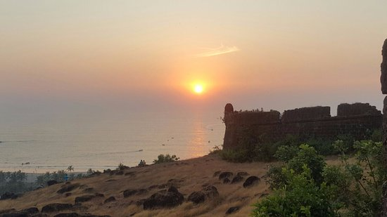 Чапора, Индия: Sunset at Chapora Fort