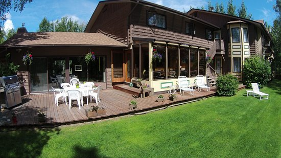 Alaska Fishing Lodge - Soldotna Bed and Breakfast Lodge Photo