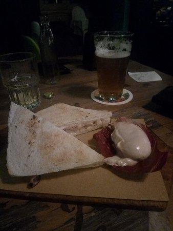 Силеа, Италия: Birra bionda e toast