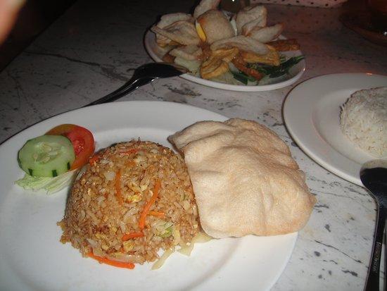 Tuban, Indonesia: Nasi goreng