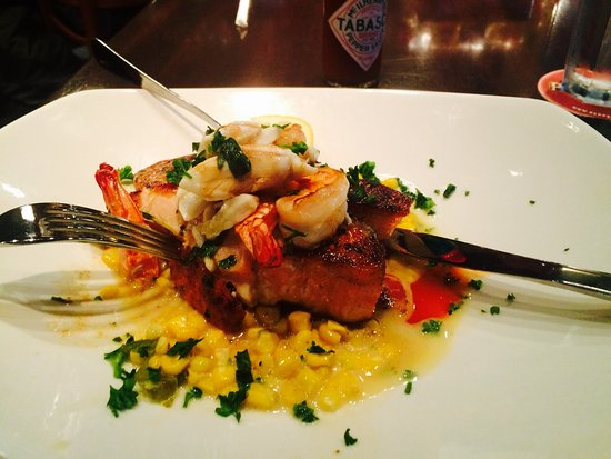 Pappadeaux Seafood Kitchen - Picture of Pappadeaux Seafood Kitchen ...