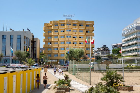 Residence Hotel Piccadilly: Facciata esterna fronte mare