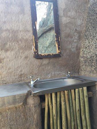 Kamanjab, Namibië: Busch-Badezimmer