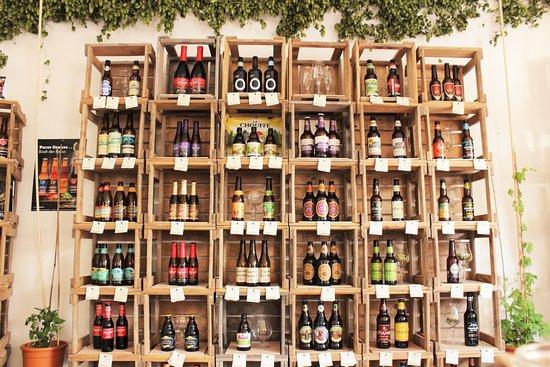 Kaufbeuren, ألمانيا: Über 300 Sorten an Craft und Land Bieren