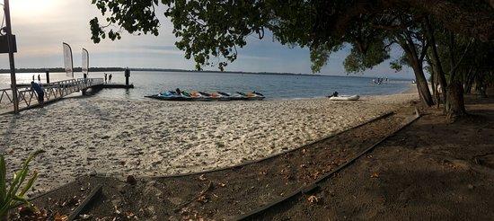 Main Beach, Australien: Stradbroke Island stop for a well earned drink