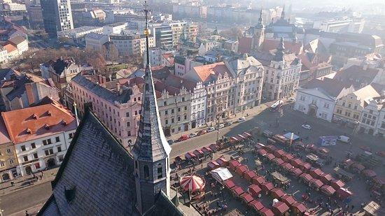 Pilsen, République tchèque : Вид на город с башни собора.