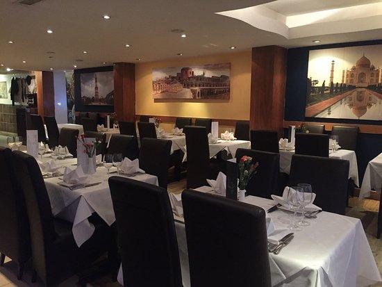 Dartford, UK: Radhuny restaurant