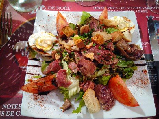 Saintes, Francia: IMG_20161207_192523_large.jpg