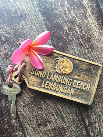 Song Lambung Beach Hut: photo0.jpg