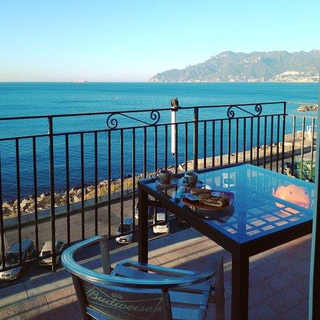 B&B Fronte Del Mare: IMG_20161208_090454_large.jpg