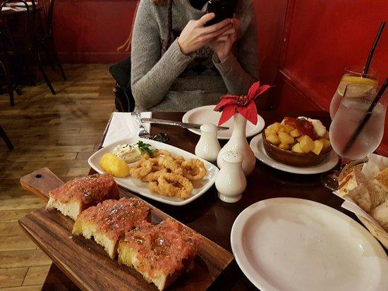 Bar Gansa: Comida española.