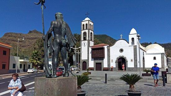 Santiago del Teide, Espanha: Iglesia и Гуанч