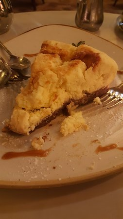 Sandton, South Africa: Baked Cheesecake we received