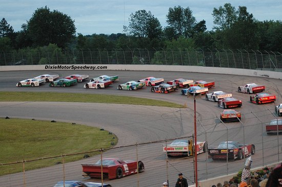 Birch Run, MI: Dixie Motor Speedway