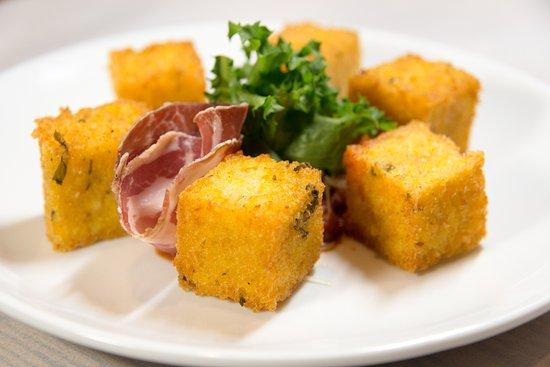 Rosendale, Estado de Nueva York: Polenta Tots...comfort food!...