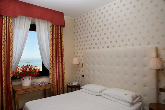 Photo of Hotel Carlton Pescara