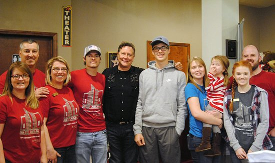 Batesville, AR: Judge Reinhold with the Melba crew