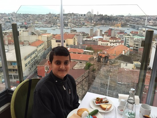 Anemon Galata: Delicious food and nice view.