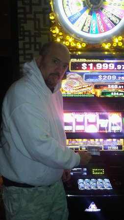 Sparks, NV: I hit the jackpot betting 1.00