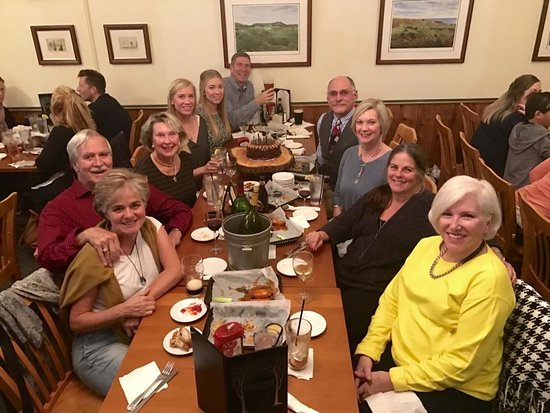 Pinehurst, Carolina do Norte: Private gathering at Dugan's for Hubby's Birthday!