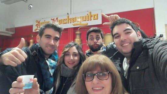 Rute, Spania: Destilería Machaquito