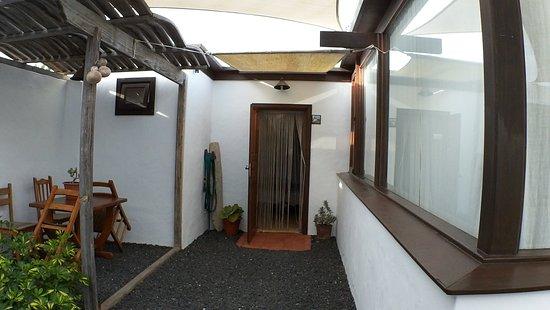 Tiagua, Spanien: Pad met deur van de woning