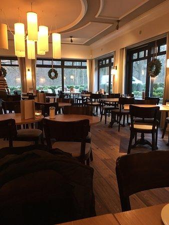 cafe reinhardt b ckerei konditorei hamburg wandsbek restaurant bewertungen telefonnummer. Black Bedroom Furniture Sets. Home Design Ideas