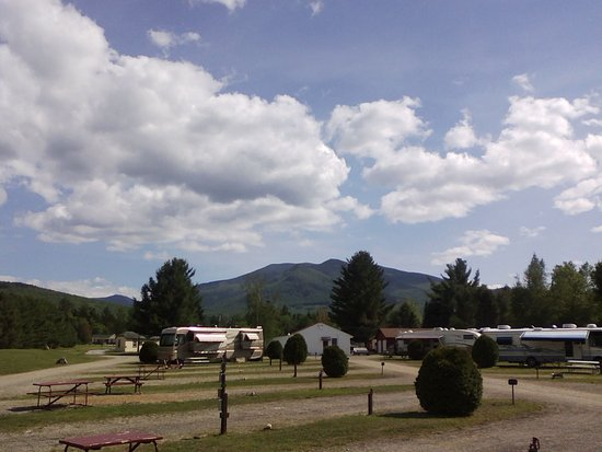 Twin Mountain Motor Court & RV Park: View of Twin Mountain early in the season