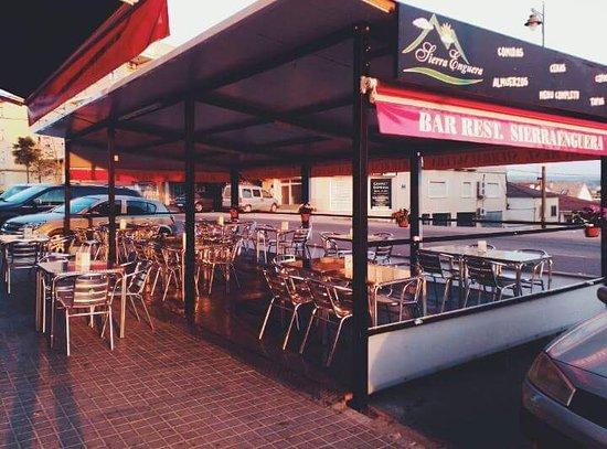 Enguera, Espanha: Restaurante Sierra