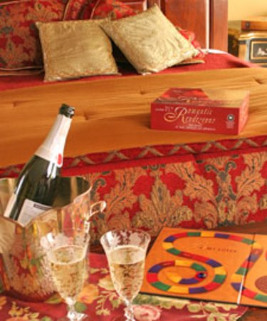 Trumansburg, NY: a little bubbly and romantic game in Margaret's Retreat
