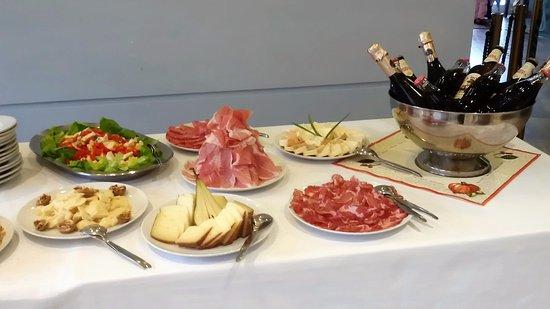 Gozzano, Italia: per un aperitivo in compagnia