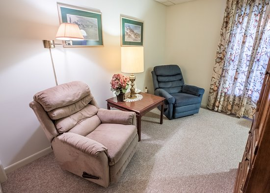 East Greenville, PA: Extended Stay Living Room