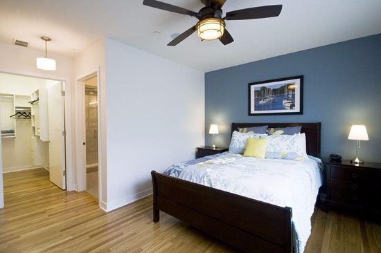 The Flats At Loyola Station Master Bedroom Includes Queen Size Bed Bathroom Safe