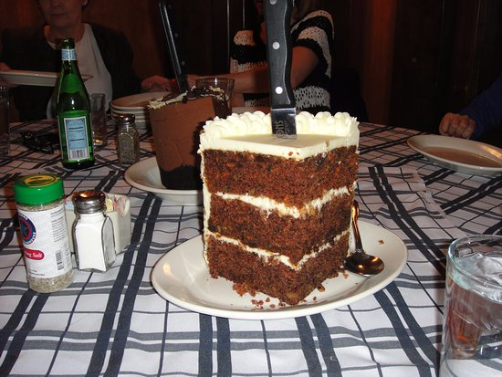 Rosemont, IL: Carrot cake