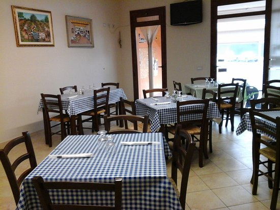 Riola Sardo, Italy: Bar Bisteccheria da Rubinetto