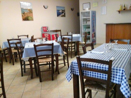 Riola Sardo, Italien: Bar Bisteccheria da Rubinetto