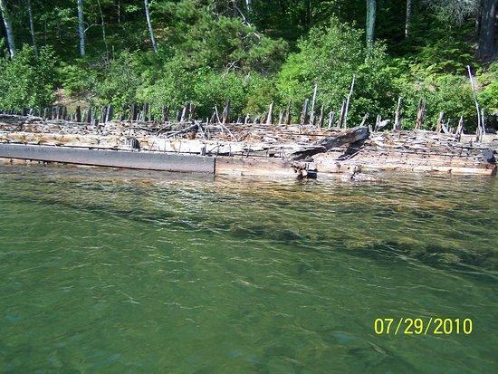 Apalachicola, FL: USS Coffinberry Shipwreck, Apostle Islands National Lakeshore