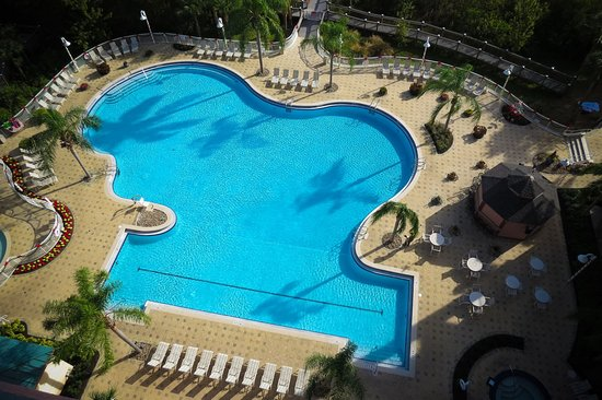 Blue Heron Beach Resort: View of the adult pool from the lake side balcony