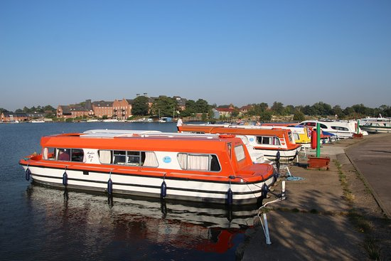 Oulton Broad, UK: view of the river from the hotel grounds
