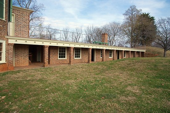 Forest, VA: This area includes the kitchen...