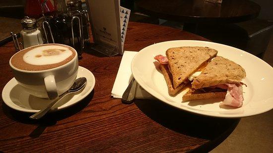The Alex Cafe Bar & Brasserie: FB_IMG_1480755951631_large.jpg