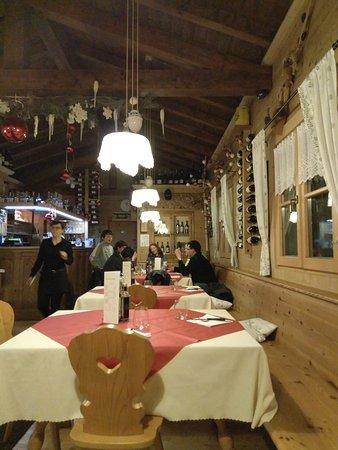 Caldonazzo, Italy: IMG_20161208_195509_large.jpg