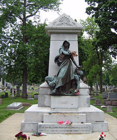 Forest Park, IL: the Haymarket Martyrs' Monument in Forest Home Cemetery