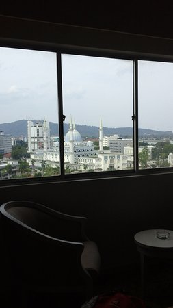Shahzan Inn: 昼間の 窓の眺め