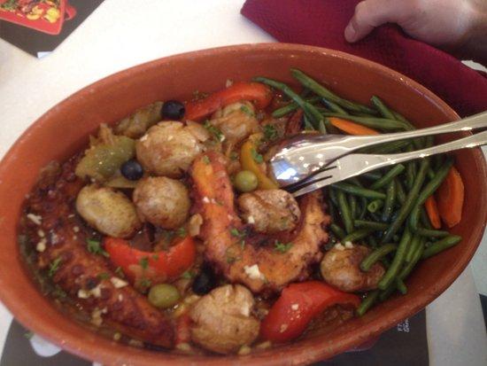 Epinay sur Seine, Fransa: Viandes, poisson, légumes au top