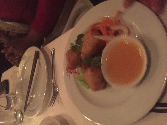 Le Colonial : entree stuffed prawns
