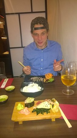 Banska Bystrica, Slovakien: selection of Nigari and sushi, another plate is Tuna meal