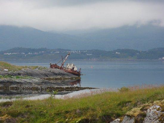Averoy Municipality, Noruega: DSC06455_large.jpg