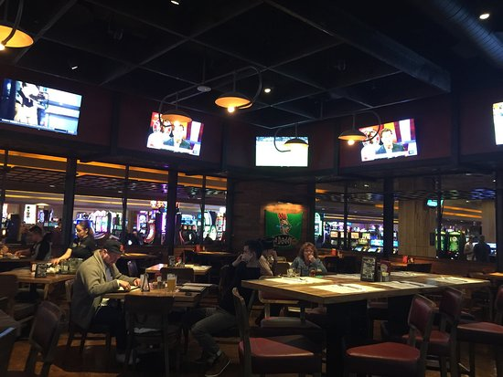 ‪Tap Sports Bar at MGM Grand Las Vegas‬