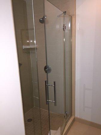 ออโรรา, โคโลราโด: Stand up shower
